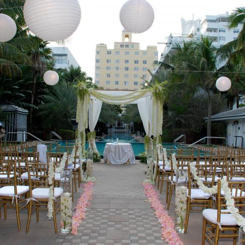 White orchid wedding chuppah, National Hotel, Miami